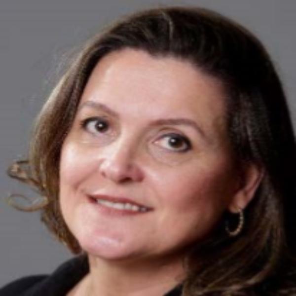 Renata Ferraz Fornazari